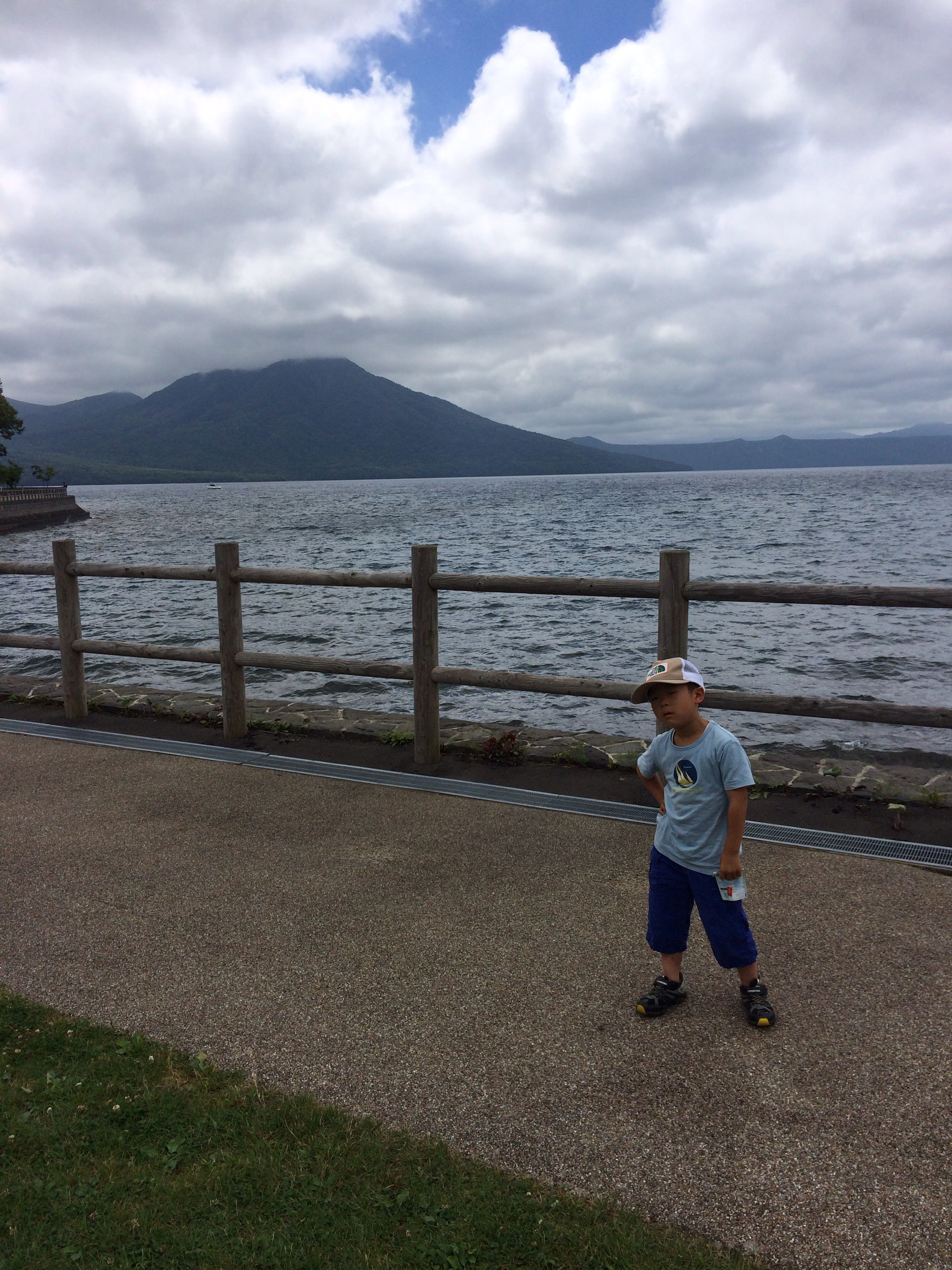 苫小牧まで来たので支笏湖に行って水中遊覧船に乗って来た