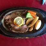 ハウステンボスタワーシティにあるロード・レーウ(De Rode Leeuw Steak Resto)で長崎佐世保名物「レモンステーキ」を食す