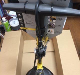 ロードバイクの空気入れはトピーク JoeBlow Sport Ⅱが安定していれやすいのでオススメ